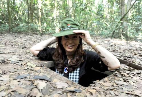 Cristina vietcong, peleando en Vietnam.